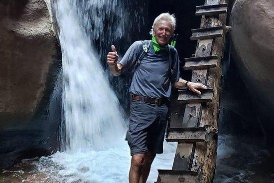 Unglaubliches Slot Canyon Abenteuer