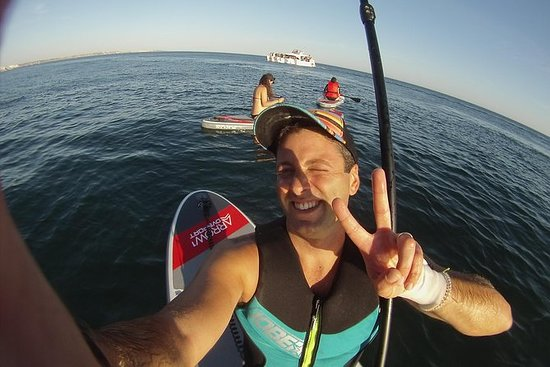 Explore the Algarve coast aboard a SUP board!