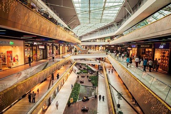 Buyaka Shopping Center