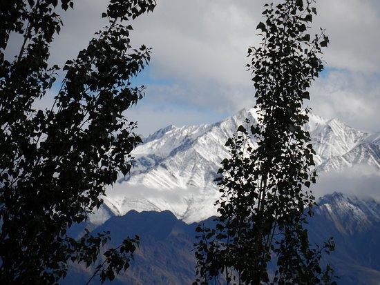 Manali Ladakh Motorcycle Expedition: Mountains