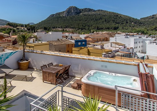 Mardenit, hoteles en Oliva