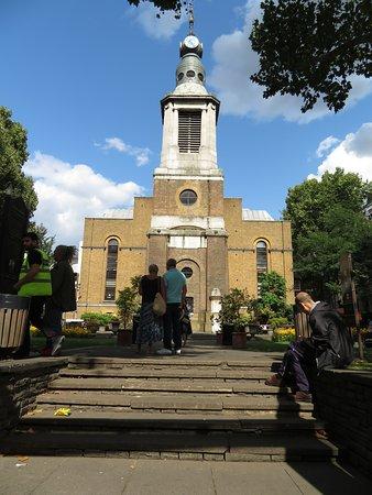 St Anne's Churchyard
