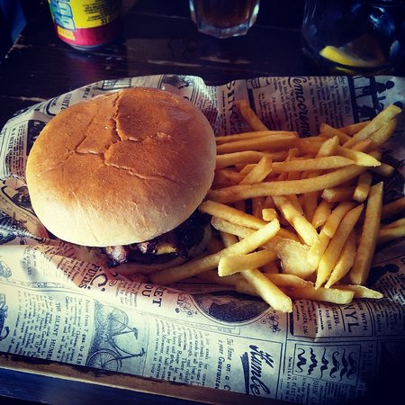 Great Burgers and Mexican food!