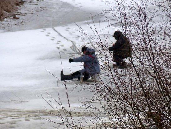 Озеро Ильмень: Eisfischer (2)