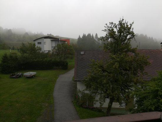 St. Stefan an der Gail, Ausztria: View from balcony to fog