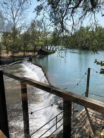 Pineville, MO: Beautiful view of Elk River