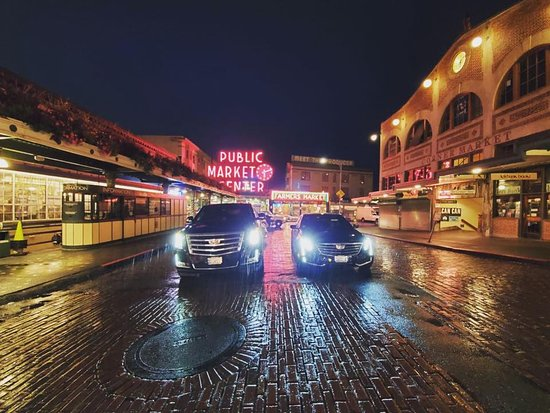 ‪Seattle Royal Town Car & Limo Worldwide Chauffeured Services‬