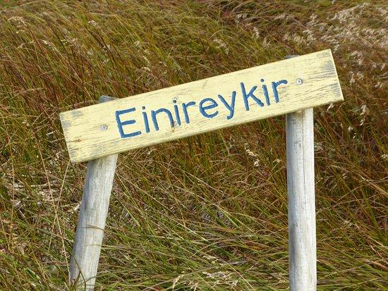 Reykholar, Island: Mooi wandelgebied vanaf de camping.