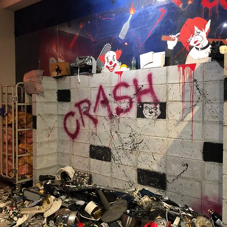 Crash Box Shinsaibashi
