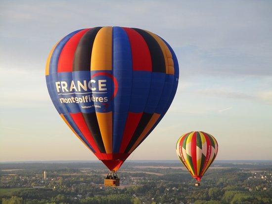 Thure, Frankrike: Fellow travellers