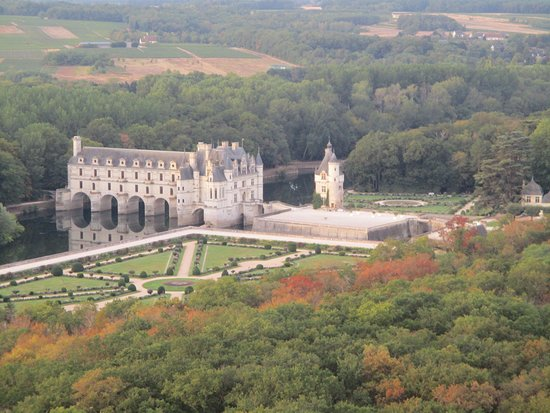 Thure, Frankrike: A birds eye view of the Chateau of Chenonceau