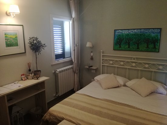 Castellina Marittima, Italia: Camera Olivo