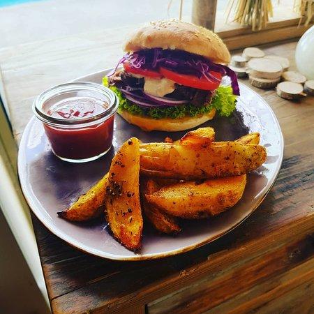 Burger mit pulled Beef