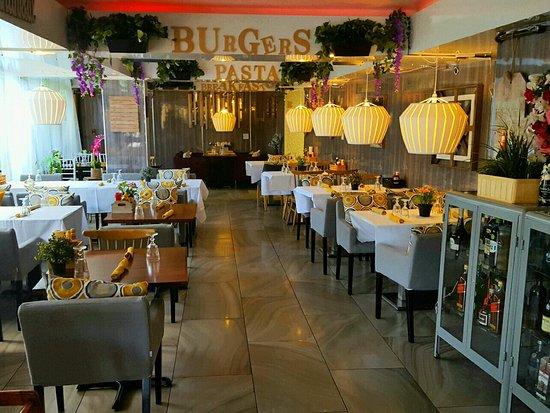 3711 Beach Side: Inside dining room