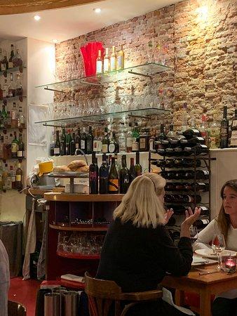 Prego Restaurant: Interior