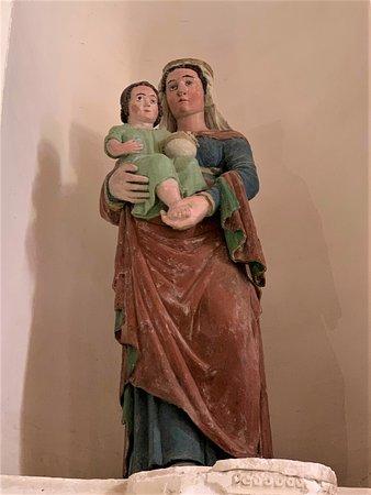 Prissac, Frankrike: Une église du 12ème siècle, ornée de peintures du 15ème siècle, qui mérite le détour