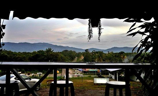 Sipitang, Malajzia: Bar table view