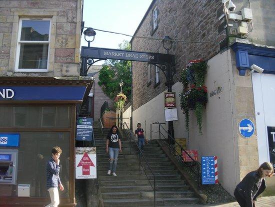 Market Brae Steps