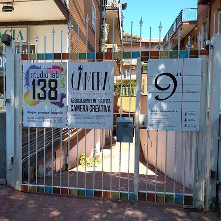 Pavona, Italia: Sempre  aperto ma solo su appuntamento Studio Lab 138 è un luogo di incontro per attività culturali. Uno spazio co-working dove le associazioni possono trovare un punto di riferimento per svolgere le loro attività