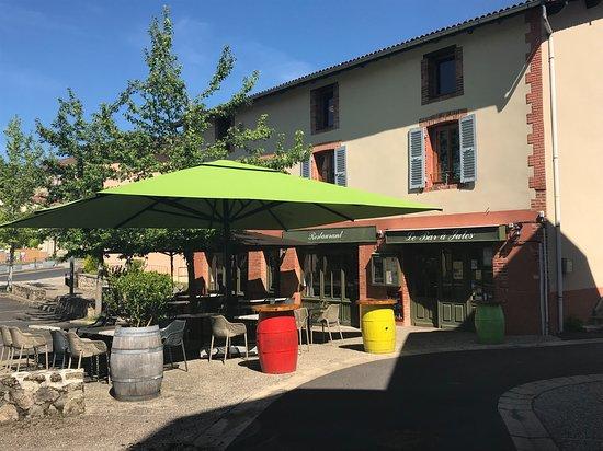 Escoutoux, France: La terrasse