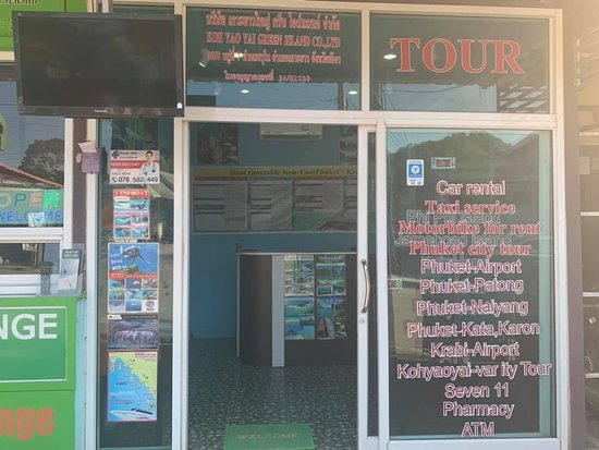 Ko Yao Yai, Thailand: Tour office located at Loh pared Beach