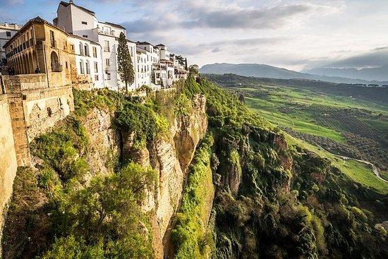 来自赫雷斯的Ronda和Setenil de las Bodegas一日游