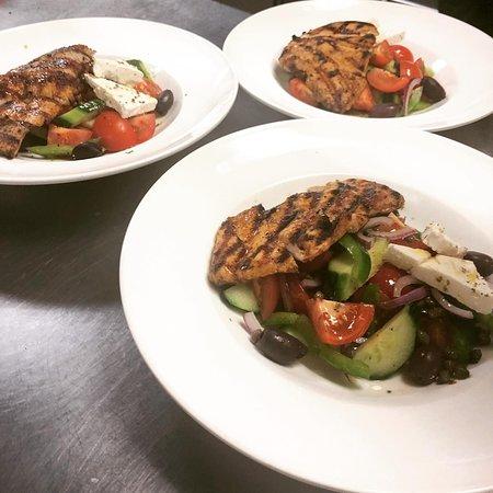 Three of a kind!! Greek Authentica Salad with grilled Chicken!! #mazidc #washingtondc #dcfood #dcfoodie #lunch #dinner #tastedc #dcdining #dcrestaurants #dmvfood #greeksalad #fetacheese #grilledchicken #mediterraneandiet #mediterraneanfood #yelpdc