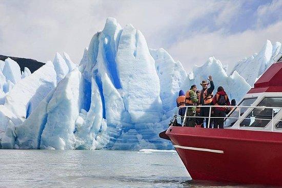 Recorrido en barco por los glaciares...