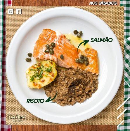 O salmão além de saboroso é um peixe rico em omega 3 e vários outros nutrientes que trazem benefícios para a sua saúde. Aos sábados ele é um dos pratos servidos na Don Aureo!  Horário de atendimento: 11:30 às 14:00 hrs.