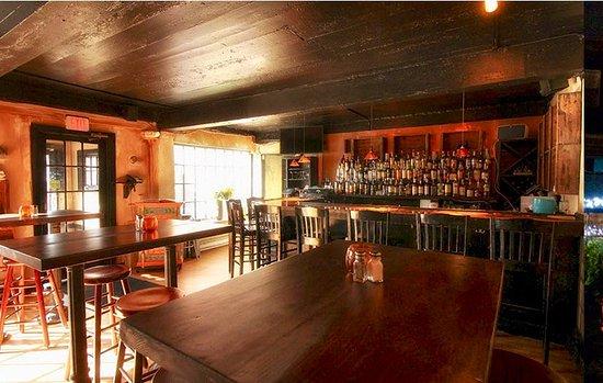 Bar/Tavern