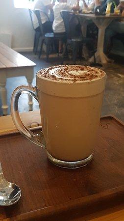 Bo-Kaap, Sør-Afrika: Most delicious chai latte on the planet -- yes, the planet, like drinking velvet