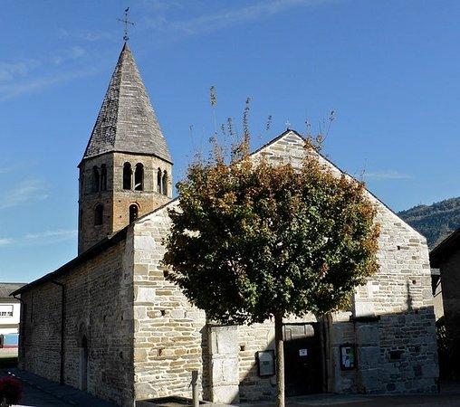Eglise romane de Saint-Pierre-de-Clages