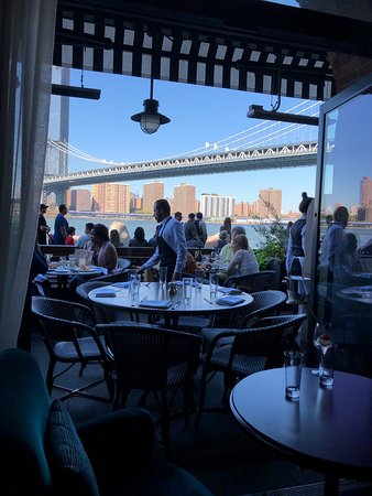 Fine food, drinks & service right by the river