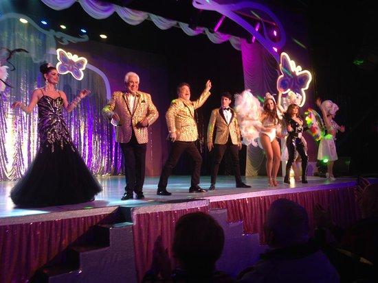 Teatro Broadway: saludo final de La jaula de las locas