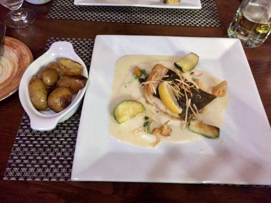 Shohola, Pensilvania: Flounder and baked potatoes