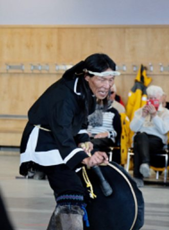 Pond Inlet, Kanada: Dance Inuit
