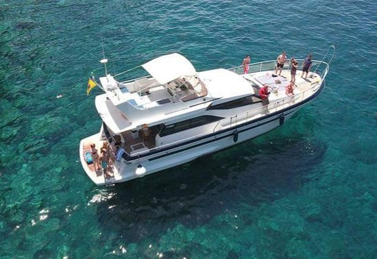 Glass Bottom Boat To Mogan From Puerto Rico Blue M Boat Trips Puerto De Mogan Puerto De Mogan Traveller Reviews Tripadvisor