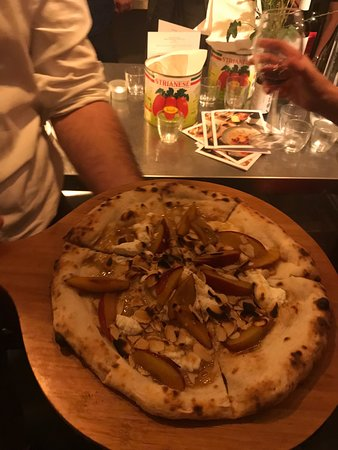 Pizza and wine event - crazy good pizza