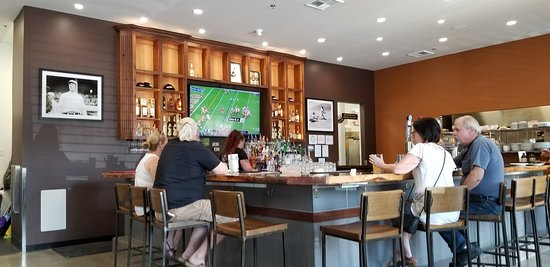 Esparto, Californie : Ravine on 16 bar