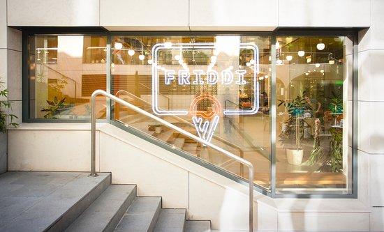 Friddi: Storefront