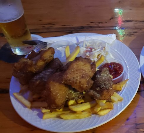 Fish & chips was perfectly cooked and the steak chunks were nice & juicy. Best bartender ever...talk to Ray! Great music & atmosphere!!