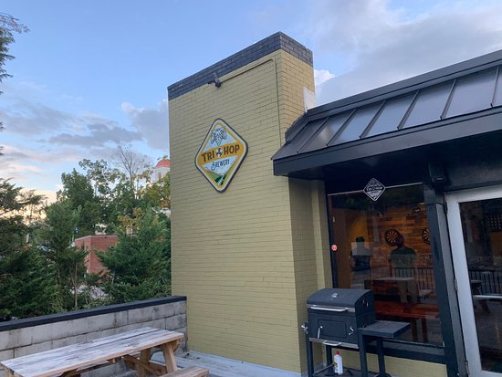 Tri-Hop Brewery