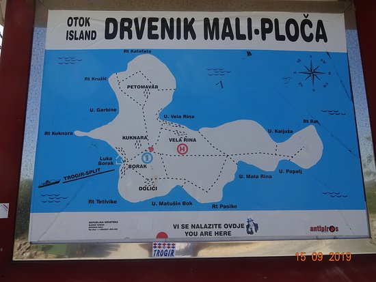 Drvenik Mali, Κροατία: Carte de l'île que vous devez traverser pour manger....(1km500)