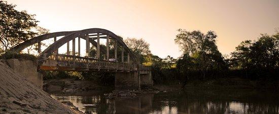 Itaguara, MG: Pontilhão dos Pará dos Vilelas, construído no inicio do século XX