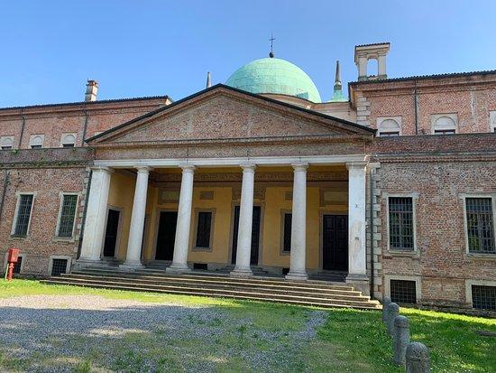 "Civica Biblioteca ""Popolare - Luigi Ricca"""