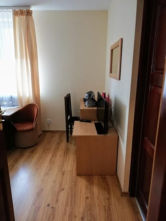 Stare Babice, Polska: My room, picture taken from the bathroom door