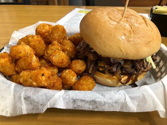 Elgin, OK: The Onion Burger