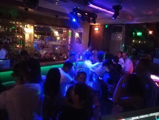 Dielefsis Scandinavian Dj Bar