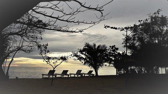 Tolitoli, Indonesië: Pijar Beach cottages, sept 2019