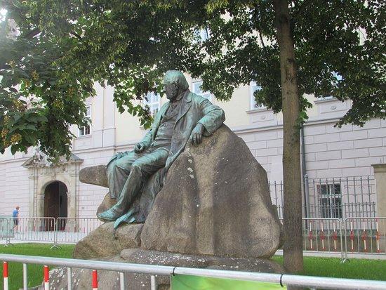 Adalbert Stifter Denkmal